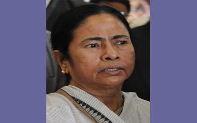 করোনা রোধে মাঠে ৬০ হাজার স্বাস্থ্যকর্মী: মমতা